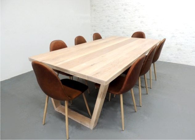 Chicago 8 seater dining table